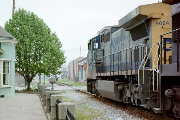 A CSX freight train passes through downtown Hopkinsville, Ky., circa 2002.