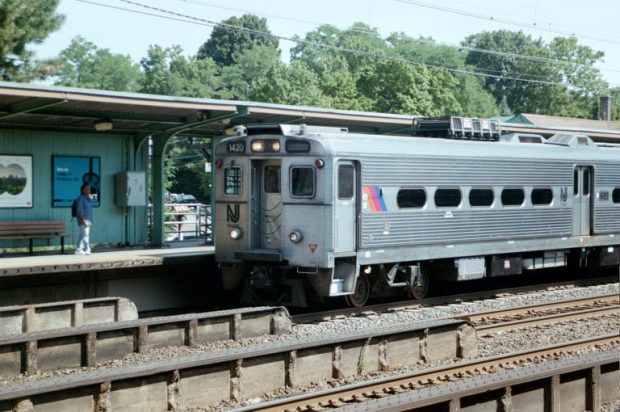 A NJ Transit train pulls into Metuchen, N.J., in August 2003. (Photo by Todd DeFeo)